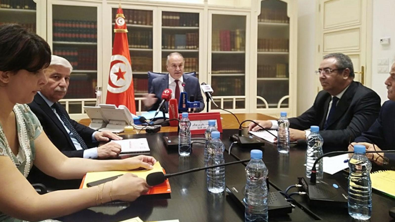 وزير التربية حاتم بن سالم في ندوة صحفية - أرشيف
