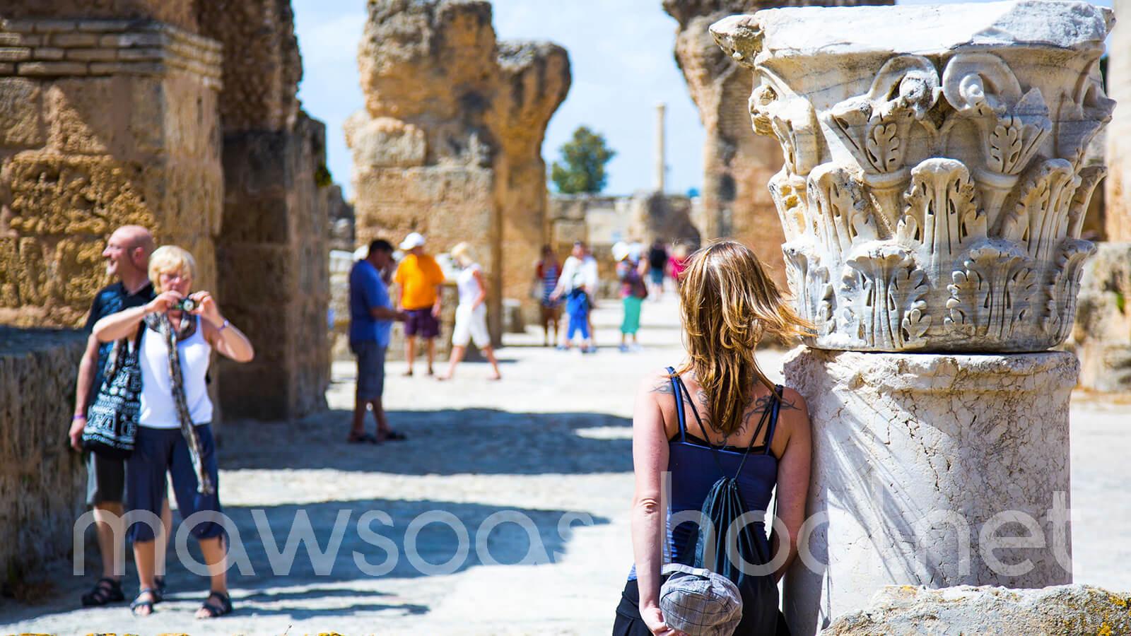 الأنشطة الخدمية بالبلاد التونسية – جغرافيا - الثالثة آداب واقتصاد وتصرف